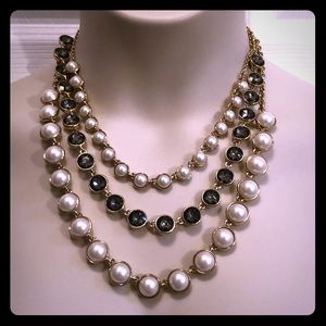 J. CREW 🖤 Triple Strand Pearl Rhinestone Necklace